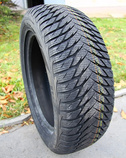 Pneumatiky Goodyear UG8 205/65 R15 94T